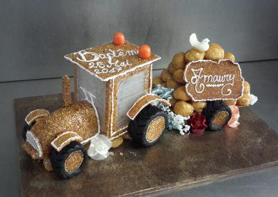 Un gâteau spécial en forme de tracteur